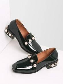 Loafers con tachuelas y perla de charol - verde oscuro