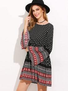 A-robe orné imprimé manchon de cloche -noir
