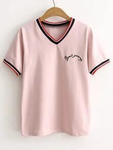 Carta de color rosa bordado rayada del ajuste de la camiseta