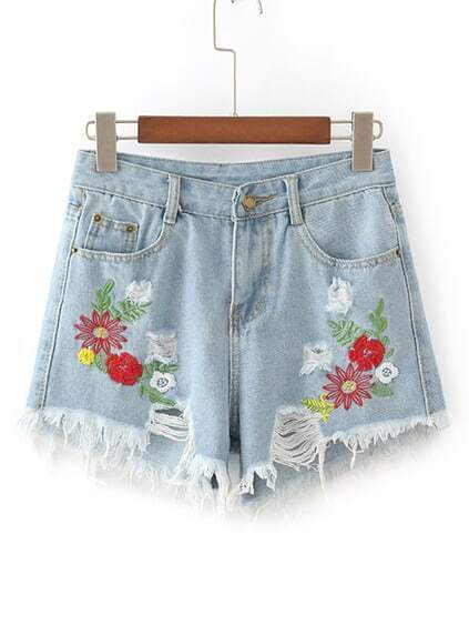 Shorts en denim con detalle de rotura