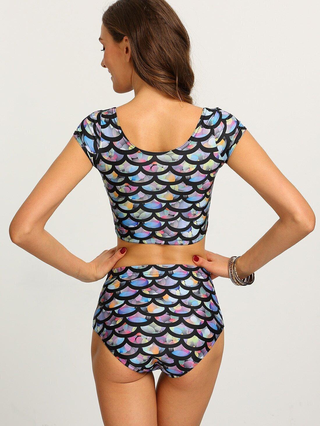 multicolor fish scale print crop rash guard swimwearfor women romwe. Black Bedroom Furniture Sets. Home Design Ideas