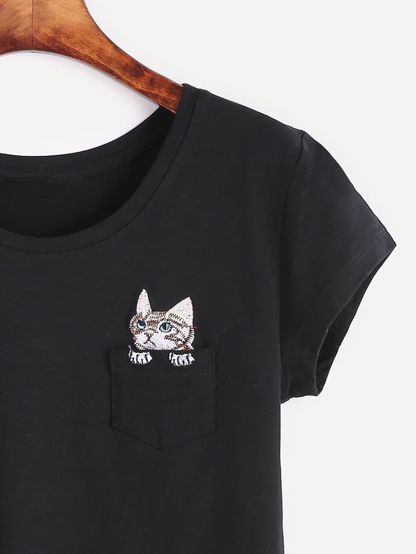 Black cat embroidery pocket t shirtfor women romwe