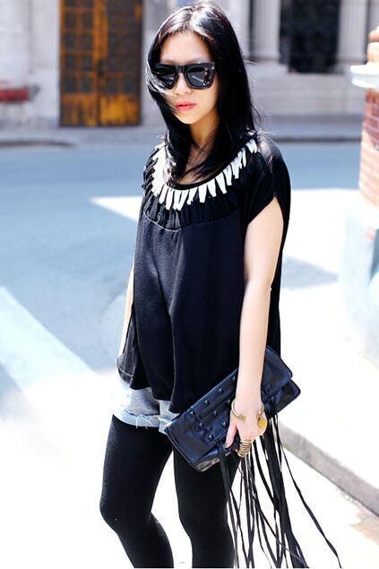 Black Twist Neckline Short Sleeve T-shirt