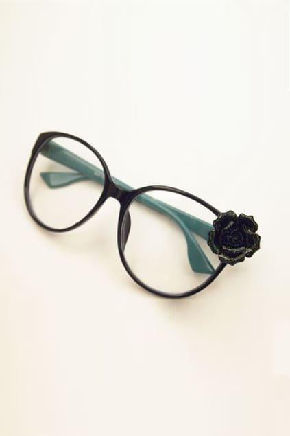 Green Frames Flower Detailing Glasses