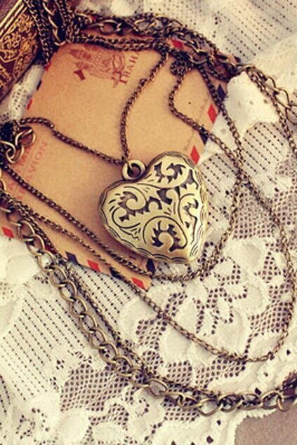 Love Pendant Multilevels Necklace