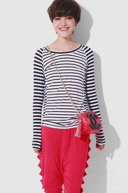 Black Skinny Strips Middle White T-shirt