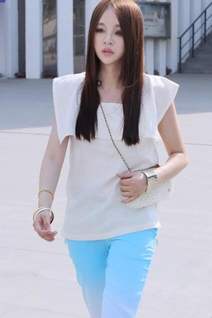 Elegent Look Sleeveless Off-white Top