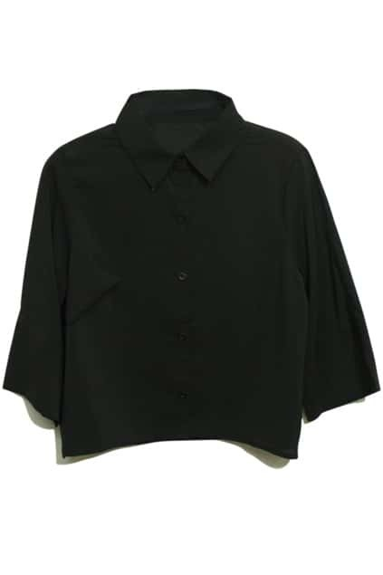 Cropped Length Point Collar Black Shirt