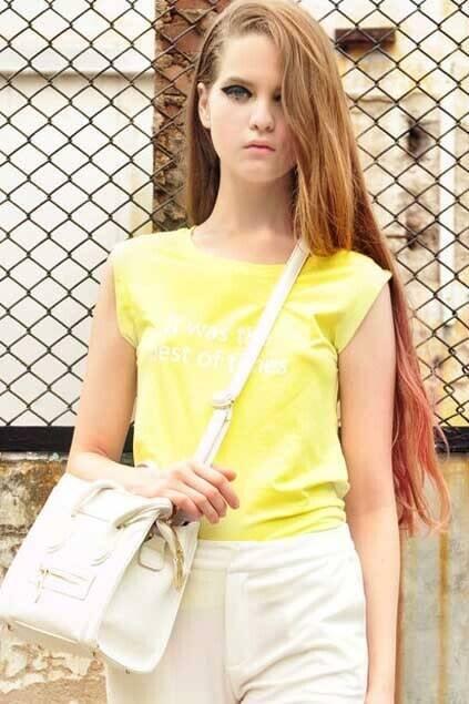 Letter Print Sleeveless Yellow T-shirt