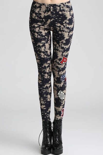 Letters And Dice-print Render Snowflakes Leggings
