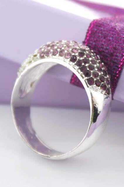 Chunky Diamante Boxed Ring