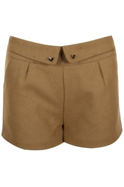 Retro Folding Heart Buttoned Camel Shorts