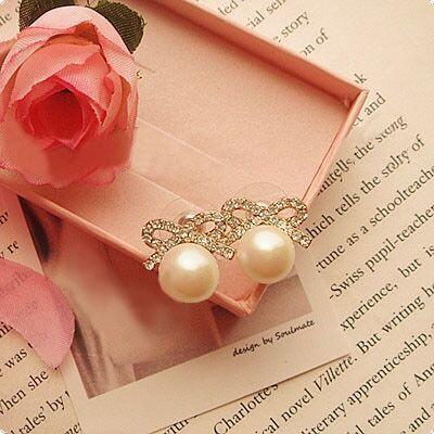 Delicate Bow Sweetheart Pearl Styling Earrings