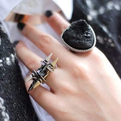 Double Rivet Design Ring