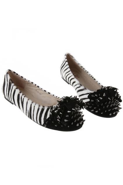 Black And White Rivet Shoes