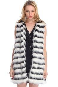 ROMWE Black & White Faux Fur Coat