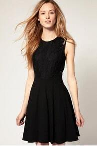 Sleeveless Lace Pleated Dress