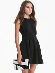 Sleeveless Backless Pleated Black Dress