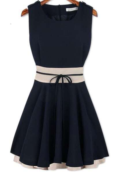 Sleeveless Pleated Flare Blue Dress pictures