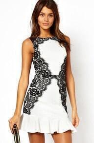 Sleeveless Lace Flouncing Dress