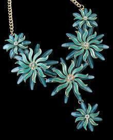 Blue Glaze Flower Necklace