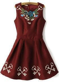 Wine Red Sleeveless Embroidery Pleated Dress