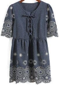 Short Sleeve Bandage Embroidered Dress