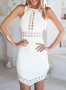 ärmelloses Kleid mit asymmetrischen Design