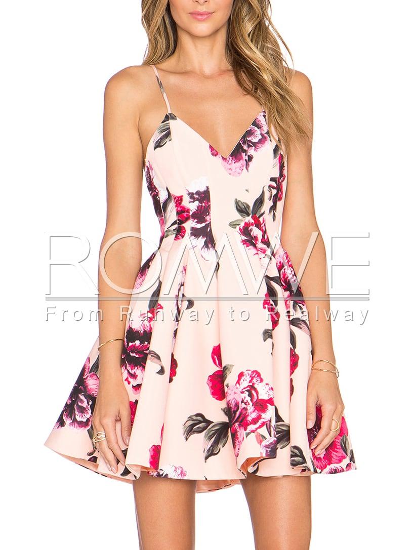 http://www.romwe.com/Pink-Spaghetti-Strap-Backless-Floral-Print-Flare-Dress-p-123552-cat-664.html?utm_source=psiuganhouaquii.blogspot.com.br&utm_medium=blogger&url_from=psiuganhouaquii