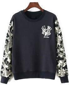 Round Neck Letter Embroidered Black Sweatshirt