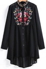 Blusa bordada manga larga-negro