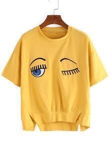 T-Shirt Rundhals mit Druck und Schlitz -gelb