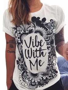 WhiteLettersPrintCuffedT-shirt