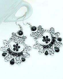Black Gemstone Silver Hollow Earrings