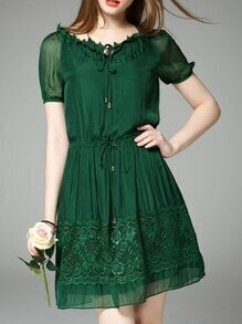Green Tie Neck Drawstring Shift Lace Dress