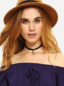Hollow Pentanstar Velvet Choker Necklace