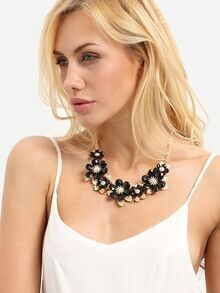 Black Exotic Flower Shaped Necklace