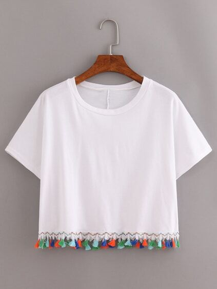 Crop T-Shirt mit Quaste am Saum