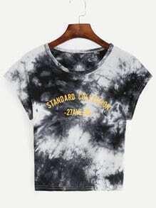 T-Shirt mit Slogan Druck und zufälligem Batik