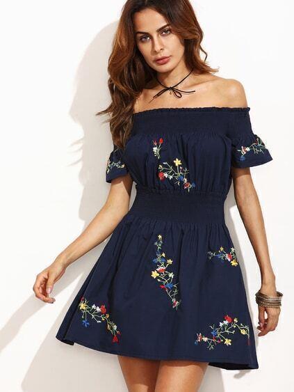 Платье с вышивкой синее 84