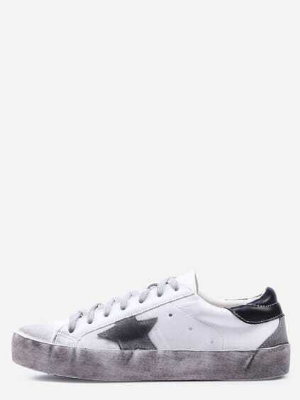 Round Toe Star Lace-up Sneakers