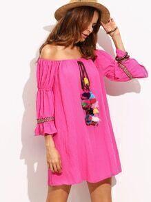 Vestido hombro al aire borlas - rosado