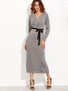 Gewickeltes Kleid V-Ausschnitt mit Gürtel - grau