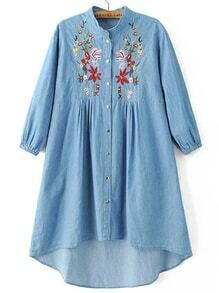 Vestido denim bordado flor bajo asimétrico - azul