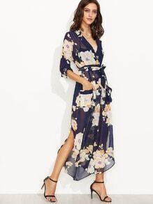 Chiffon Kleid mit Blumenmuster und Leibbinde - marineblau