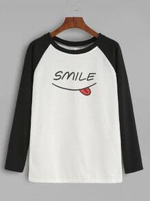 Camiseta manga raglán con estampado