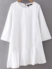 Vestido asimétrico con volantes - blanco