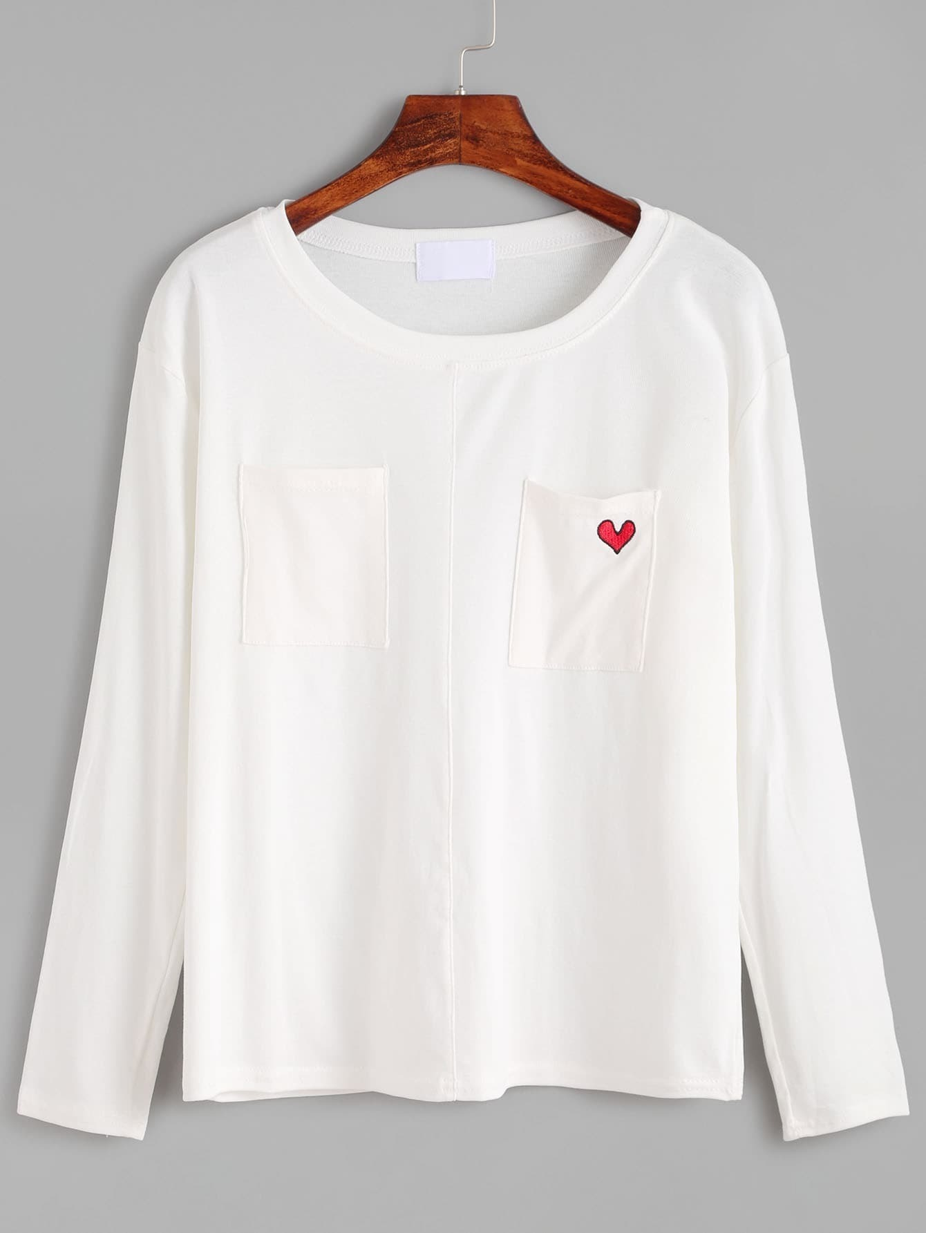 White heart embroidered pockets t shirt