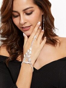 Cadena de mano con apliques cristales de hoja - plata