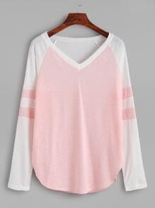 T-shirt col V manche raglan contrasté - rose
